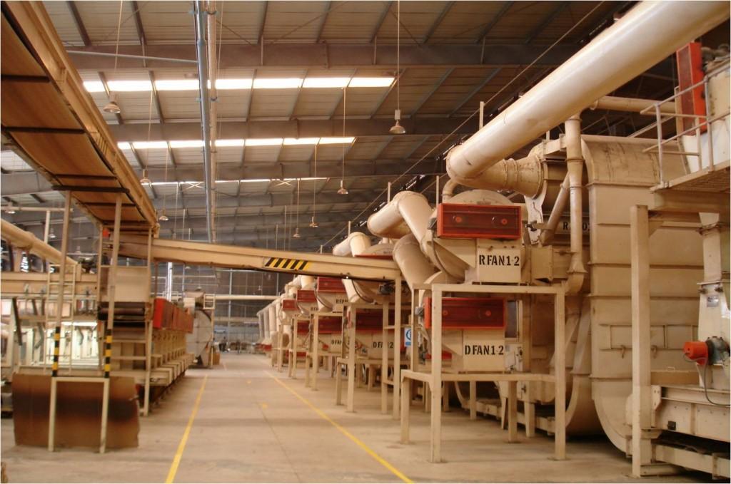 Nhà máy chế biến nguyên liệu thuốc lá